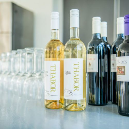 Wijn vergaderen thaborhoeve Sneek